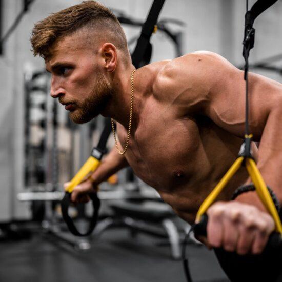trx-esercizi-palestra-lecce-alma-sport-benessere-fitness-corso_1.1