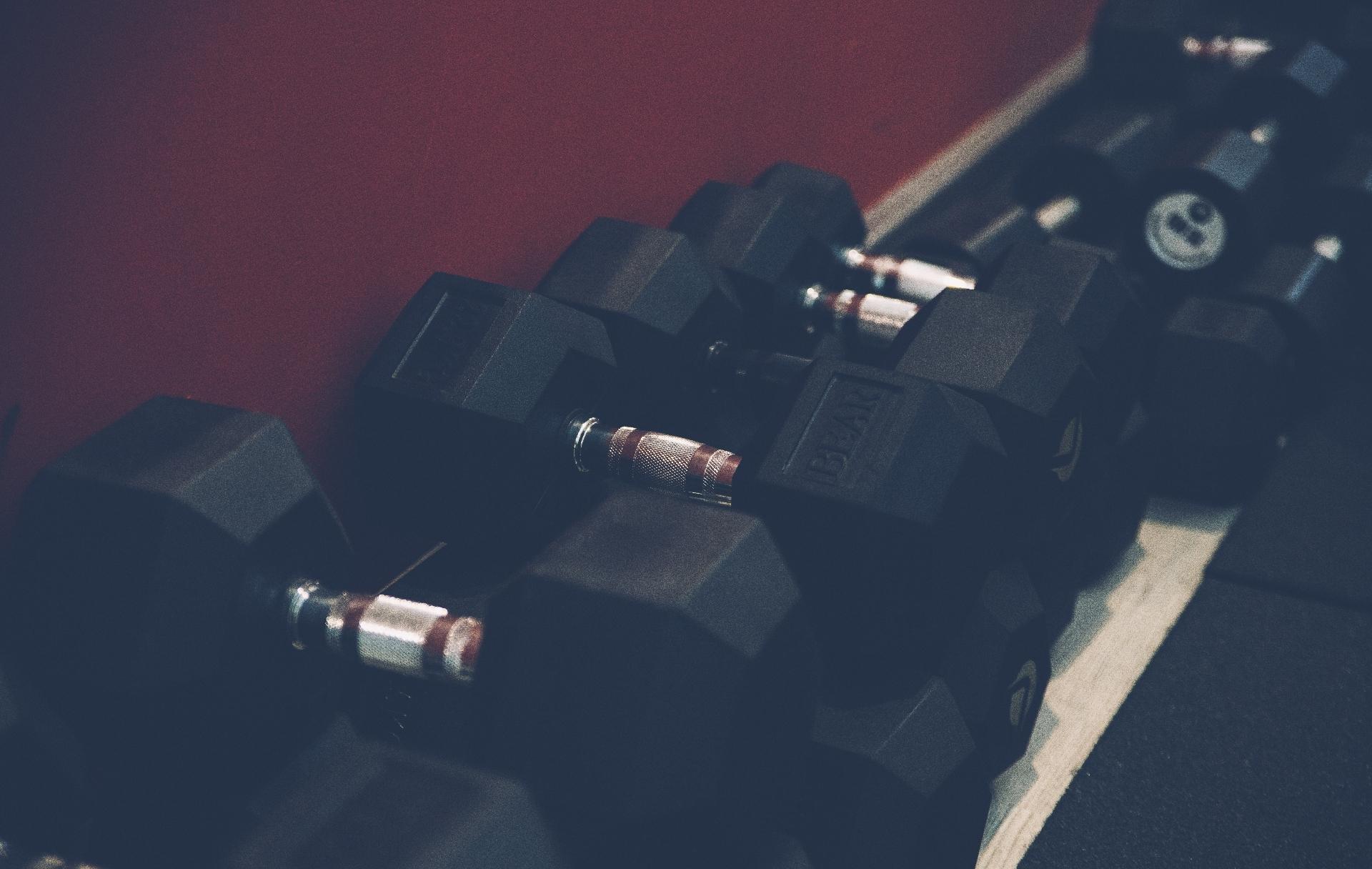 pump alma sport lecce palestra crossfit gag addominali gambe glutei