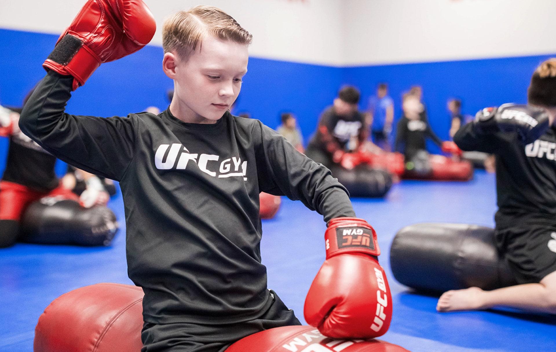 kids-boxing-corso-esercizi-palestra-lecce-alma-sport-1